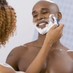 How To Choose The Best Razor For Black Males?