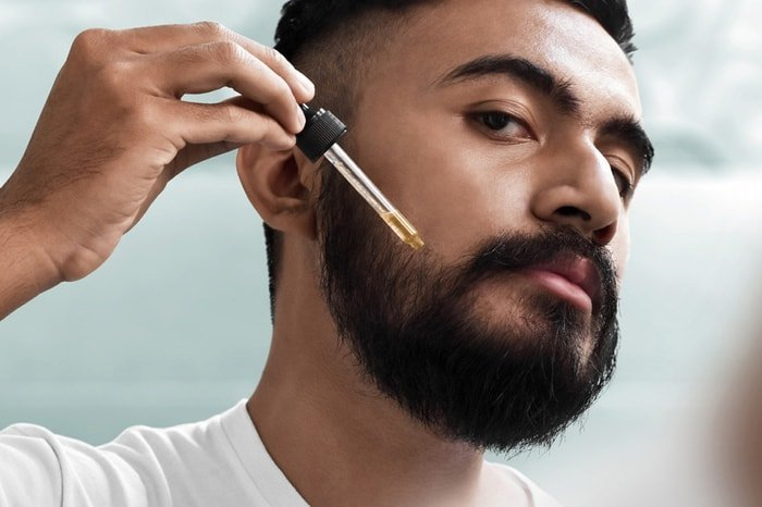 How to Apply Castor Oil for Patchy Beard