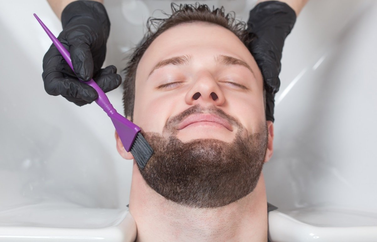 How To Dye A Very Short Beard