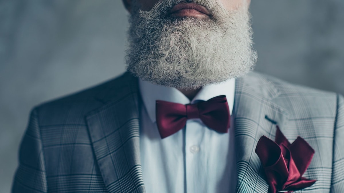How To Dye Your Beard White