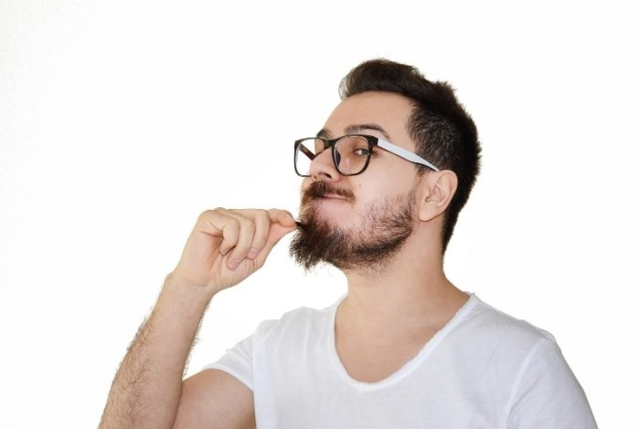 How to Get Rid of Beard Dandruff Choosing the Best Product