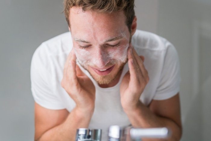 Tips to Choose the Best Face Wash for Men