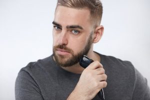 Which is better to trim beard before or after shower