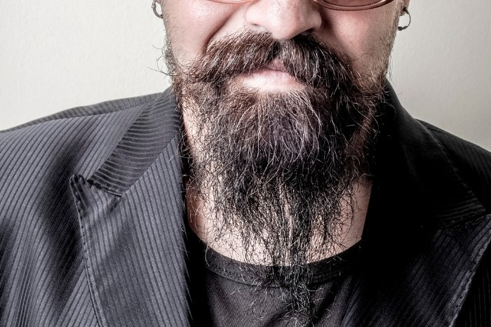 How To Maintain A Long Goatee